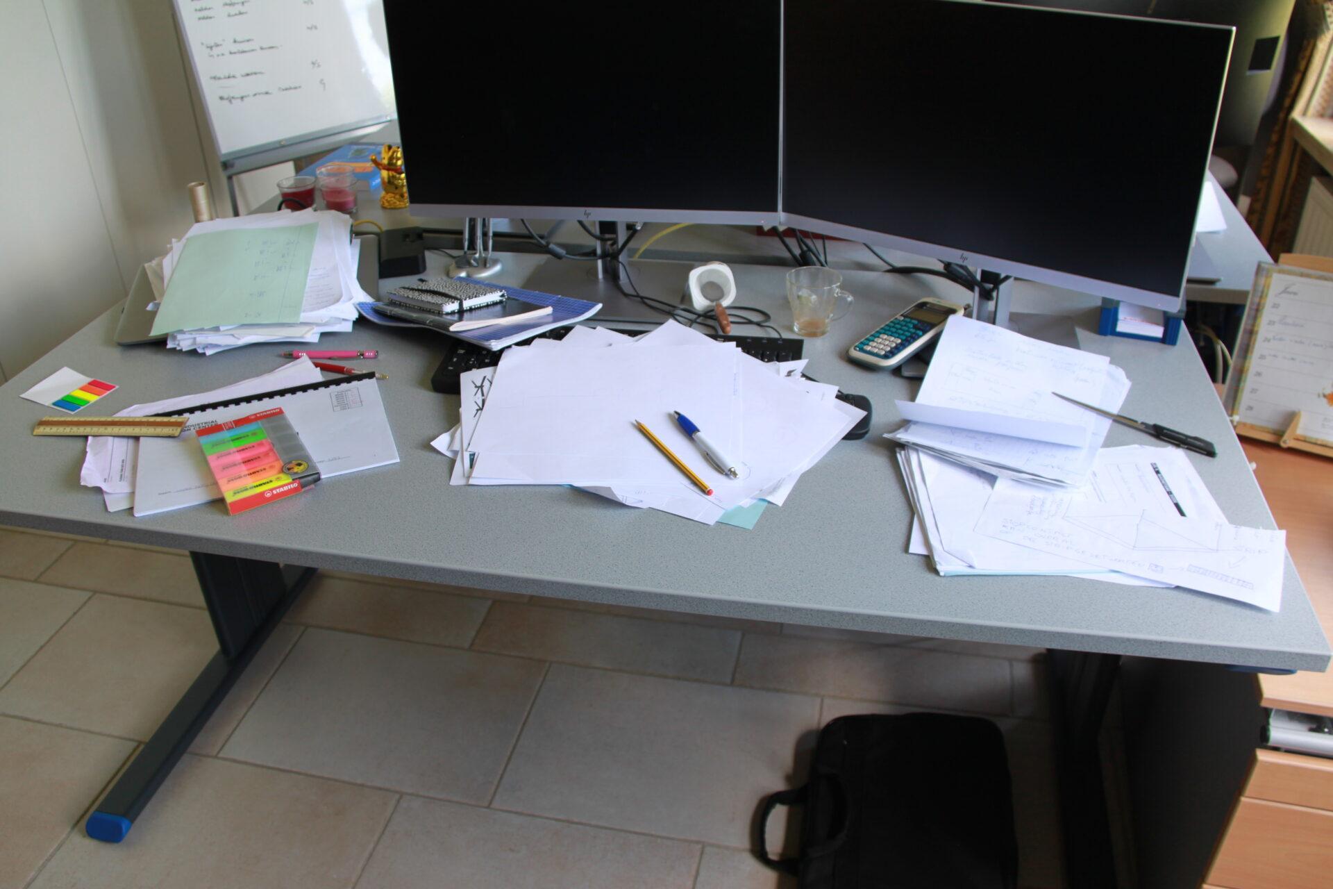 op te ruimen bureau